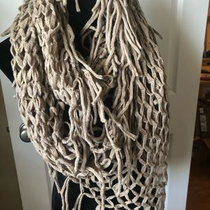 Steve Madden loose knit infinity scarf light brown